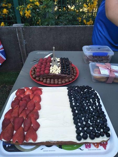 Holiday Camp Cake